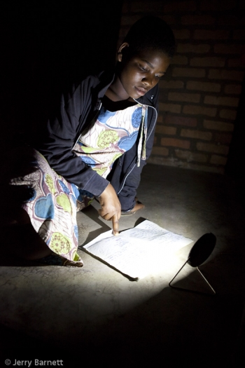 resizedimage350525-studying-by-solar-in-Karonga-Malawi-Jerry-Barnett
